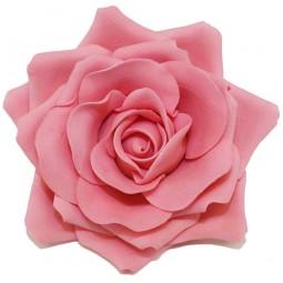 Didelė rožinė rožė su vielute