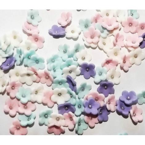 Pastelinių spalvų gėlytės su sidabriniais viduriukais