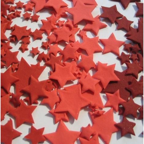 Raudonos atspalvių skirtingo dydžio žvaigždės