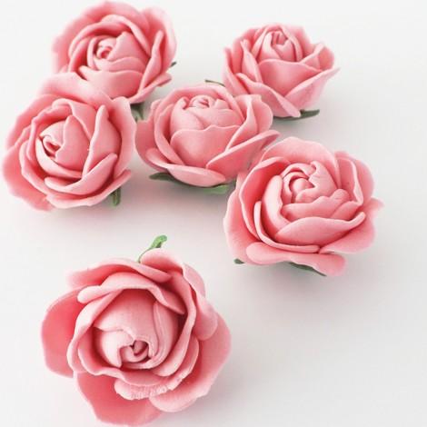 Vintažinio stiliaus rožinė rožė
