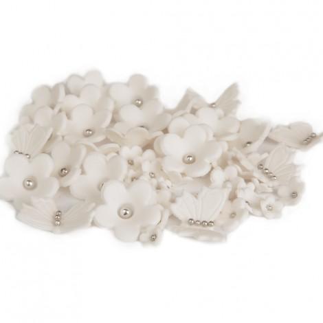 Baltos gėlės, drugeliai su sidabriniais viduriukais