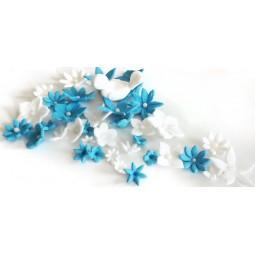 Cukrinės gėlės ir paukštelis