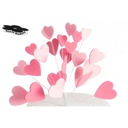 Blizgančios rožinės, šviesiai rožinės širdys su vielutėmis